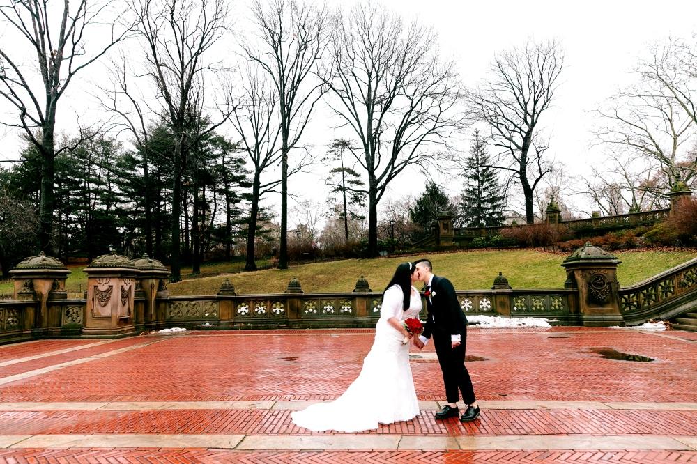Bethesda_fountain_centralpark_wedding_RJ-218