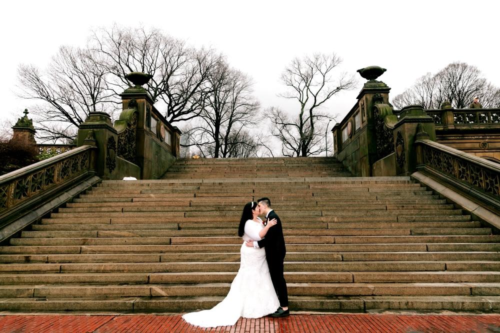 Bethesda_fountain_centralpark_wedding_RJ-276