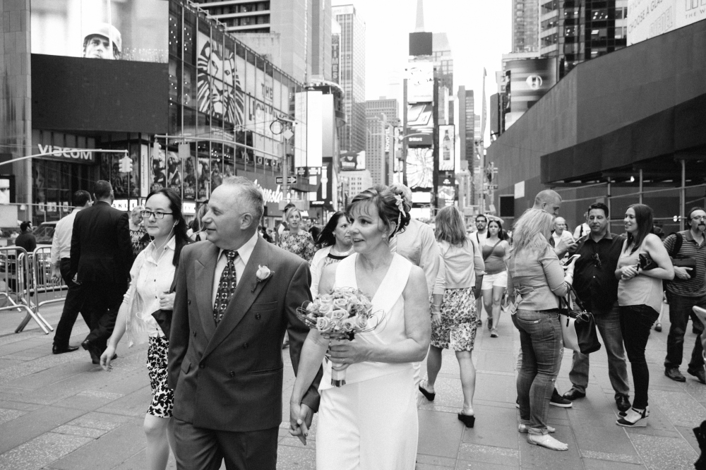 times_square_wedding_EB-161