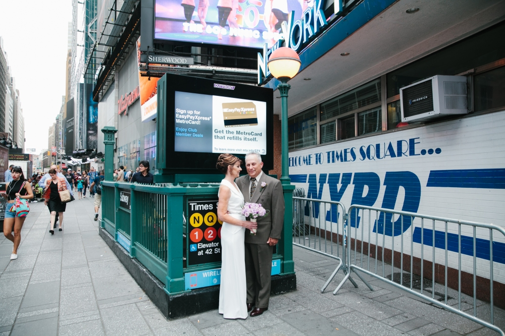times_square_wedding_EB-176