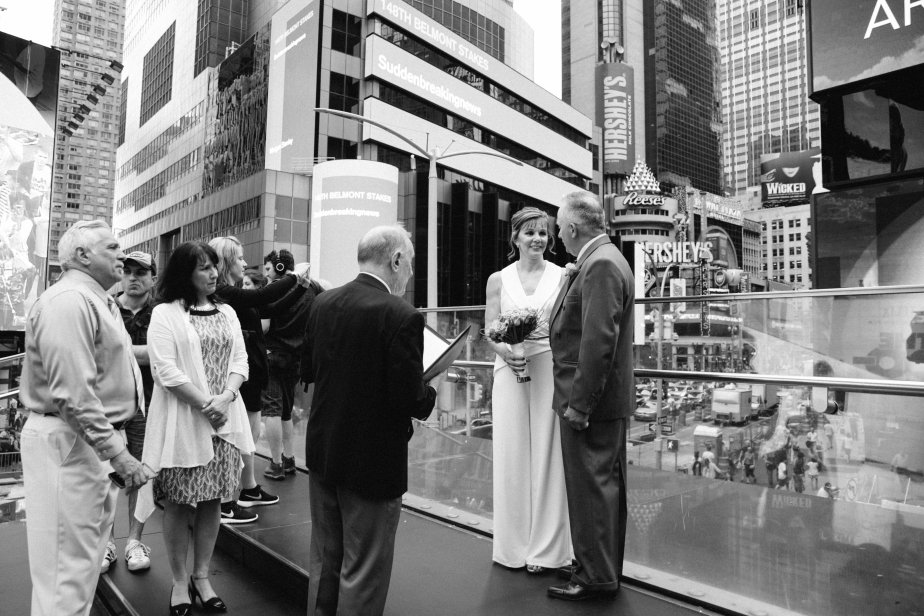 times_square_wedding_EB-18